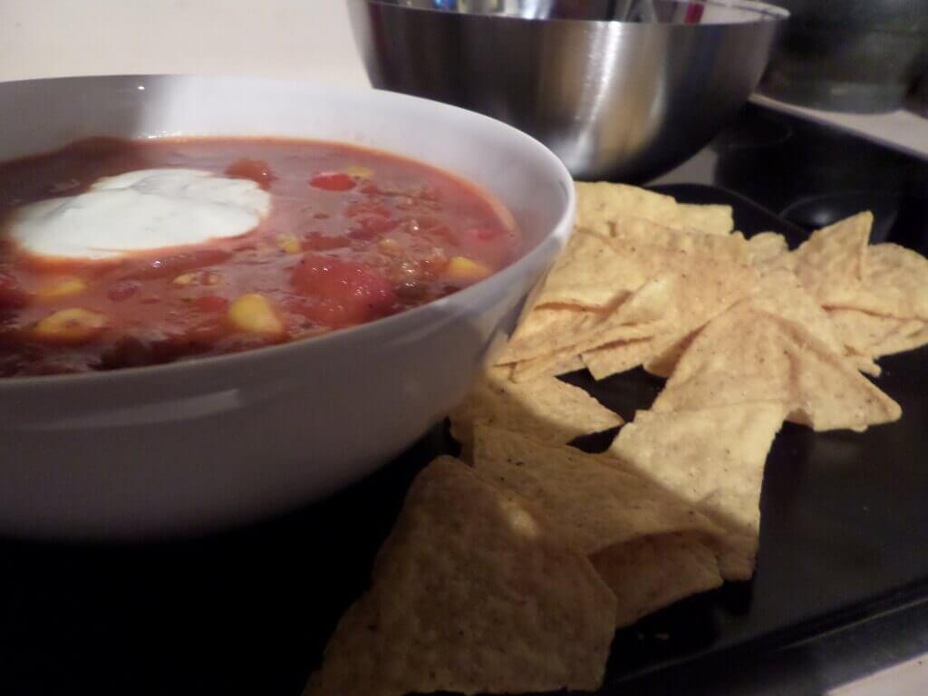 Chili Con Carne Mit Kakao Und Creme Fraiche Happy Plate