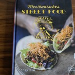 """Rezension Death by Burrito & Rezept """"Hähnchen-Enchiladas"""" 1"""