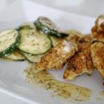 Fischstäbchen auf Zucchinisalat 1
