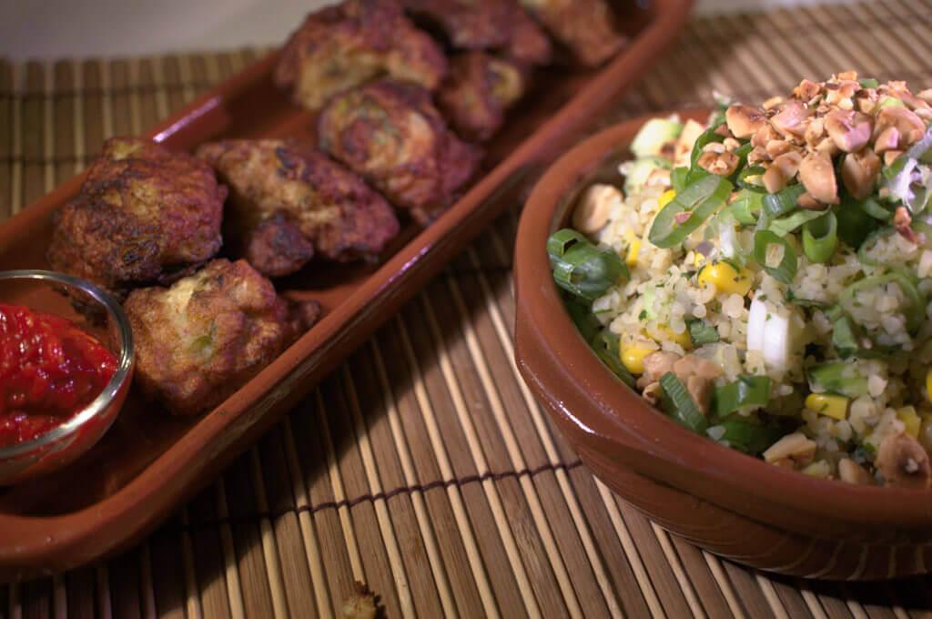 Indonesisches Bulgur- Pilaw mit Garnelenbällchen und Sambal Oelek 2