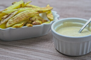 selbstgemachte Pommes Frites mit Pale Ale Mayonnaise
