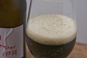 Dark IPA aus dem Glas nach eigenem Rezept