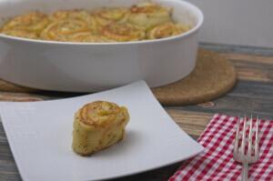 Käse-Schinkenröllchen mit Mohnglasur