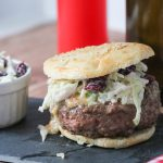 Stuffed Burger gefüllt mit Camenbert und Bacon