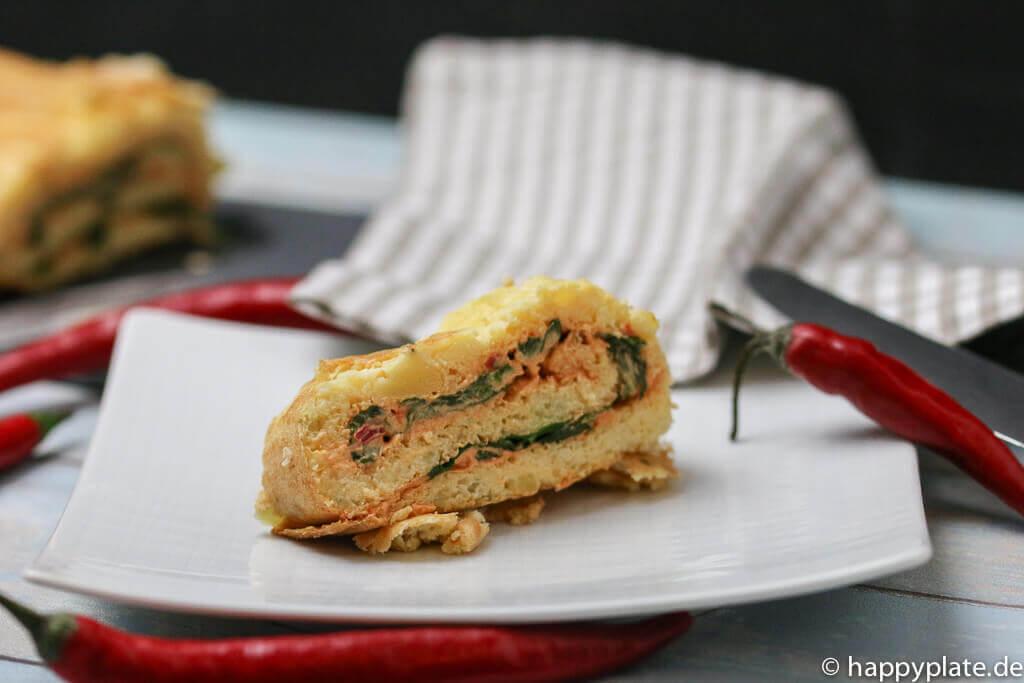 Kartoffel-Biskuit-Roulade mit Spinat und Cayenne Chili Creme