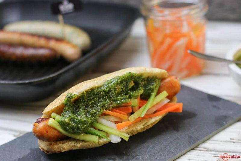 Hot Dog im Banh Mi Style mit Grillido BBQ Asia Wurst