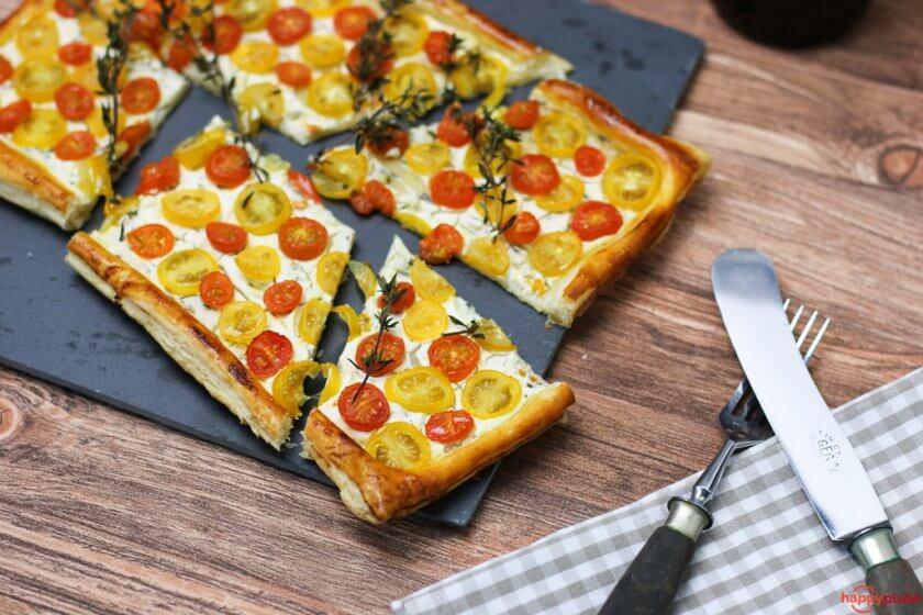 Tomaten Tarte mit Thymian und Ziegenfrischkaese