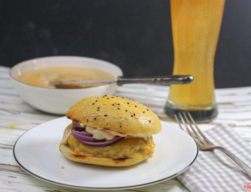 Chili Cheese Burger mit selbstgemachter Sauce