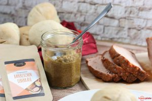 Lucoma Compound mit selbstgemachtem suessen Senf