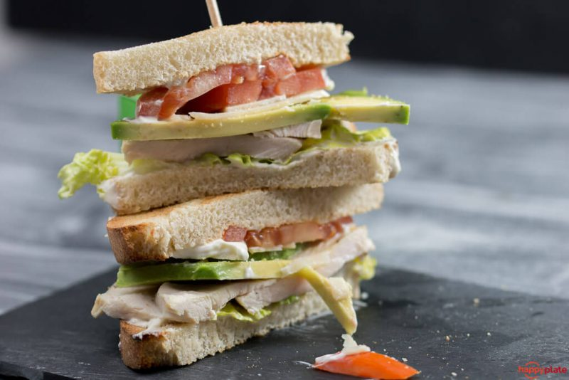 Caesar Club Sandwich mit Avocado ohne Bacon