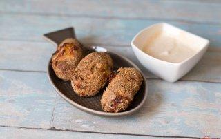 Suesskartoffel - Lachs - Kroketten mit Limtten - Curry - Dip