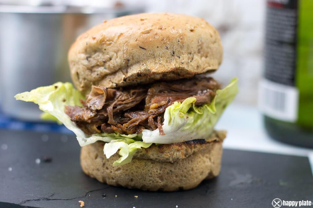 Beef Short Rib Slowcooker Rezept im Sandwich