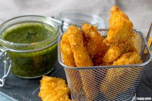 Hähnchensticks in Chipspanade mit selbstgemachten Chimichurri zur funny-frisch Chipswahl