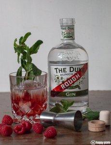 Duke Gin Longdrink mit Himbeeren_