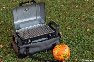 Grill2go von Char Broil tragbarer Grill mit Gas zum grillen im Park_