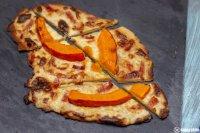 Kuerbisflammkuchen mit Sauce Mornay_