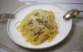 Pasta mit Trueffel und Parmesan