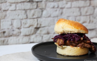 Pulled Goose Burger - Resteveverwertung der Weihnachtsgans mit Blaukraut