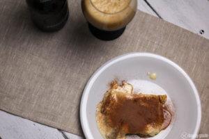 SElbstgemachtes Tiramisu mit Löffelbiskuit und Rum