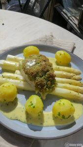 Spargel mit Sauce Bernaise